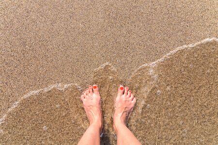 mer ocean: Sea Waves oc�an et Pieds fille sur la plage, �t�, Sable