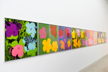VIENNA, AUSTRIA - AUGUST 06, 2015: Andy Warhol Paintings At Mumok Museum Of Modern Arts In Vienna. Andy Warhol was an American artist who was a leading figure in visual art movement known as pop art. 報道画像