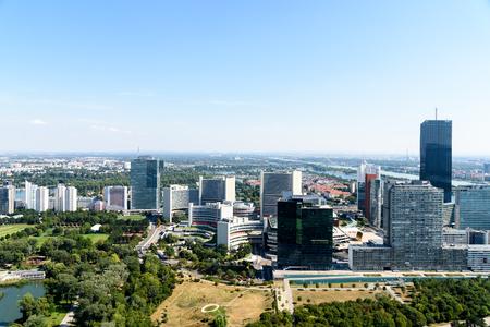 aerial: Vista aérea de la ciudad de Viena Horizonte