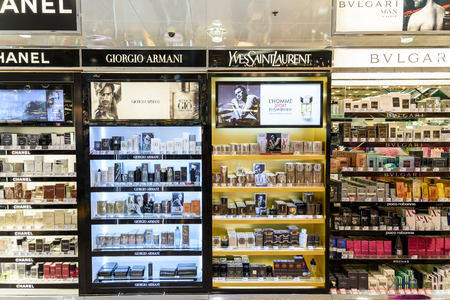 perfume: VIENNA, AUSTRIA - AUGUST 08, 2015: Famous Perfume Bottles For Sale In Cosmetic Shop.