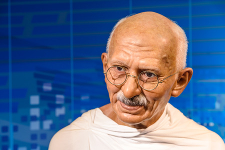 VIENNA, AUSTRIA - AUGUST 08, 2015: Mahatma Gandhi Figurine At Madame Tussauds Wax Museum. 報道画像