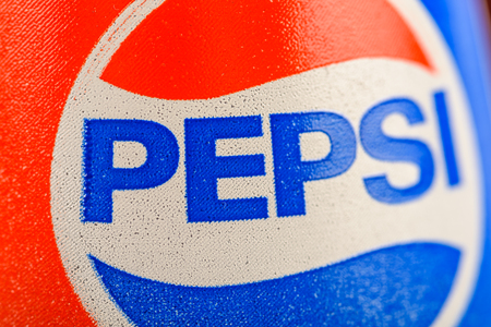 carbonated drink: BUCHAREST, ROMANIA - JANUARY 10, 2016: Pepsi is one of the most famous carbonated soft drink sold in stores, restaurants, and vending machines around the world. Editorial