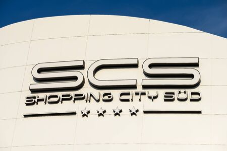 sud: VIENNA, AUSTRIA - AUGUST 11, 2015: Shopping City Sud Is The Biggest Shopping Mall In Austria.