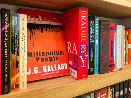 english famous: BUCHAREST, ROMANIA - SEPTEMBER 20, 2016: Latest English Famous Novels For Sale In Library Book Store.