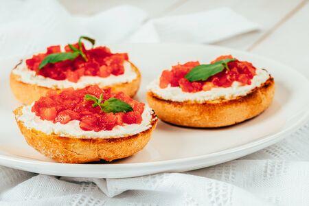 Tomatoes And Goat Cheese Bruschetti