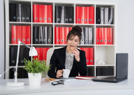 Businesswoman on coffee break. photo