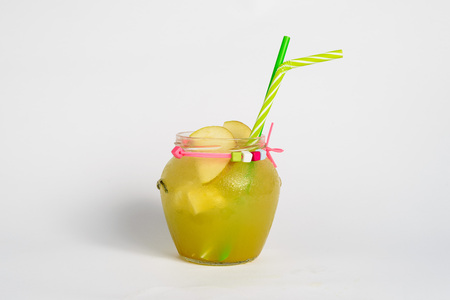 beverage menu: Apple fresh with ice and straw