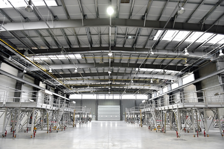 empty warehouse: Interior shot with an empty new industrial warehouse