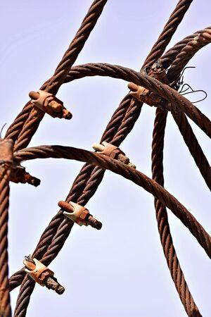 fil de fer: Color shot of a rusty industrial cable