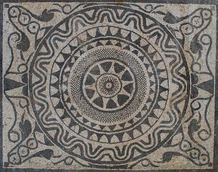 Uprising sun on Mosaic in Romeinse villa, uit II eeuw voor Christus