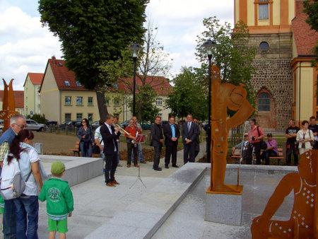 feestelijke opening: Inhuldiging van fontein