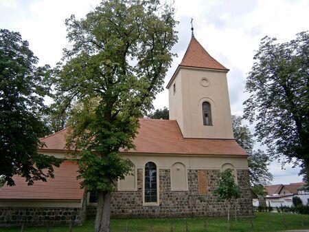 protestant: Protestant Church in R�ddelin