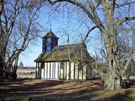 colonization: Church in the countryside