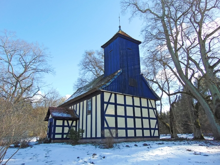 colonization: Church in Old Placht