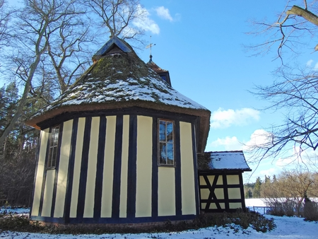 gabled: Church in Old Placht