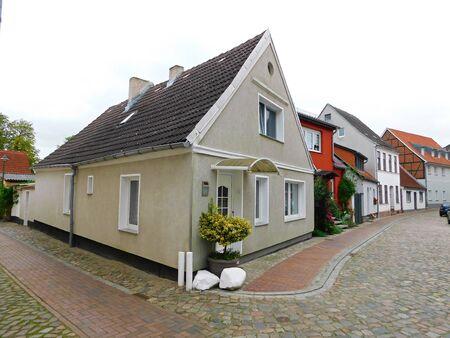 Rues et ruelles d & # 39 ; une vieille ville historique Banque d'images - 86498747