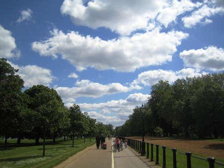 hyde: Path in Hyde Park