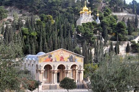 ゲッセマネとイスラエル、エルサレムのオリーブ山にマグダラの聖マリア教会。 写真素材