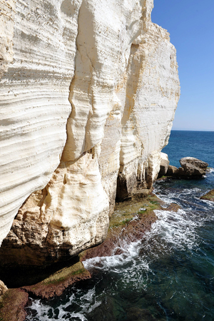 hanikra: Rosh HaNikra - head of the grottos a geologic formation of a white chalk cliff face which opens up into spectacular grottos located on the coast of the Mediterranean Sea, in the Western Galilee in North Israel.