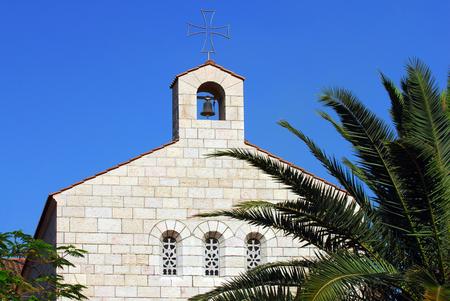 multiplicaci�n: Iglesia de la Multiplicaci�n, un sitio cristiano en Tabgha en la orilla del Mar de Galilea. Foto de archivo