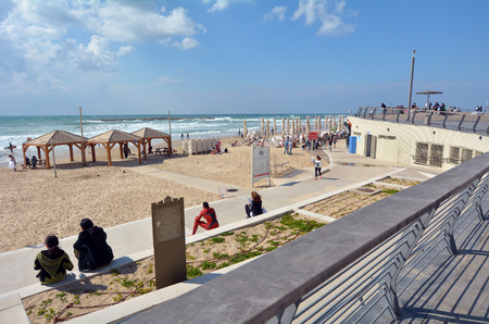 capita: TEL AVIV, ISR - APR 11 2015:Tel Aviv promenade in Tel Aviv Israel. It nown as The City that Never Sleeps and a party capita, it has a lively nightlife, dynamic atmosphere and a famous 24-hour culture.