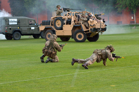 british army: LONDON - MAY 14 2015:British Army force during military demonstration show.On 1 Jan 2015, the British Army employed: 87,140 Regulars, 2,720 Gurkhas and 25,010 Army Reservists to a combined force.