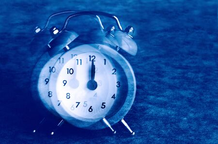one bedroom: Alarm clock point at 00:00 take off.