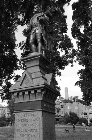 founding fathers: SAN FRANCISCO, USA - MAY 21 2015:Benjamin Franklin statue in Washington Square in San Francisco, California. He was one of the Founding Fathers of the United States. Editorial