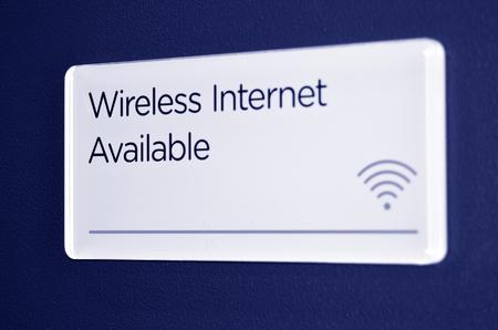 wifi internet: Wireless internet sign and symbol on a background. Foto de archivo