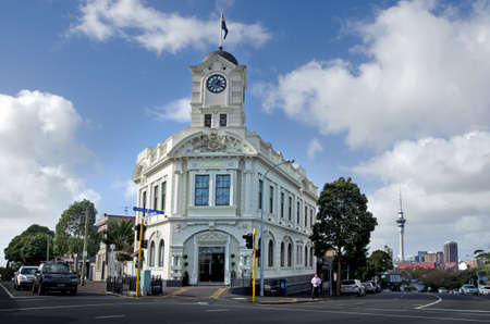 nz: AUCKLAND, NZ - MAY 27:An old building in Ponsonby road on May 30 2013.Its known for its vibrant restaurants, cafes, art galleries, up-market shops and nightclubs Editorial