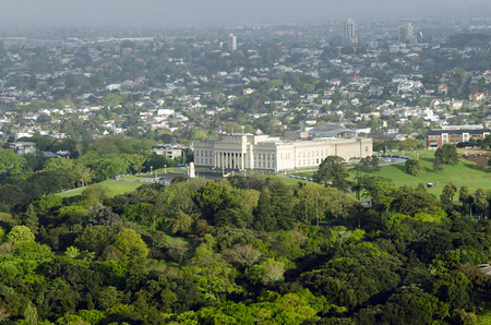 silver fern: AUCKLAND, NZ - OCT 08:Aerial view of Auckland War Memorial Museum on Oct 08 2013.The museum is the most popular visitor attraction in New Zealands largest city (population 1.5 million)
