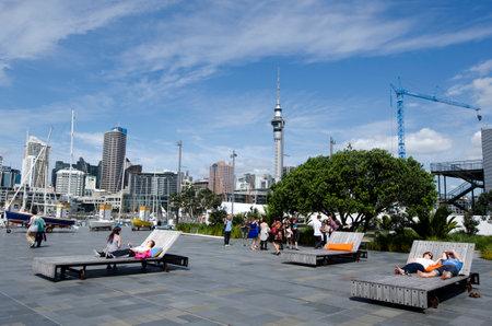 oficina antigua: AUCKLAND - 06 de octubre: Auckland Viaduct Basin Harbor en 06 de octubre un antiguo puerto comercial de 2013.It se convirti� en una promoci�n de apartamentos en su mayor�a de lujo, oficinas y restaurantes.