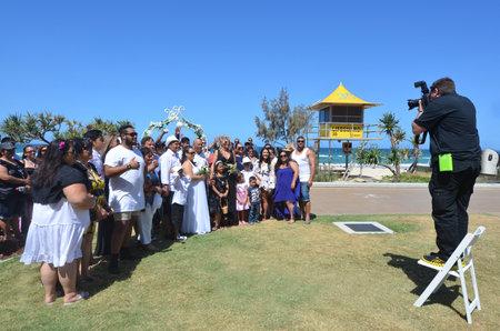 islander: SURFERS PARADISE - NOV 08 2014:Pacific Islanders wedding.In 2008 a newly announced Pacific Islander guestworker scheme visas for workers from Kiribati, Tonga, Vanuatu and PNG to work in Australia. Editorial