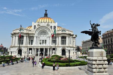 palacio: MEXICO CITY - FEBRUARY 28: The Fine Arts Palace Palacio de Bellas Artes on Febuary 28 2010 in Mexico City, Mexico.