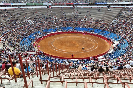 toros: The largest bullfighting stadium in the world, Plaza de Toros in Mexico city. The stadium opened in 1946 can hold upwards of 60,000 people. Editorial