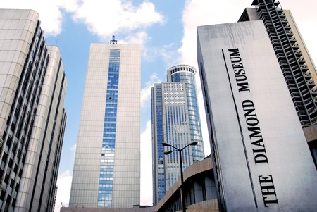 ramat aviv: RAMAT GAN, ISR - SEP 07:Israel Diamond center on Sept 07 2007.Israel was the first nation in the world to adopt the Kimberly process,an international standard that certifies diamonds as conflict free.