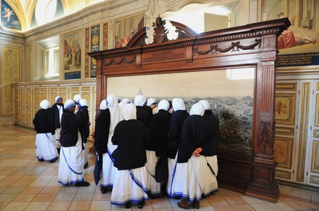 renaissance art: VATICAN - APR 29:Catholic nuns visit at the Vatican Museums on April 29 2011 in Rome Italy.Its includes some of most classical sculptures and important masterpieces of Renaissance art in the world.