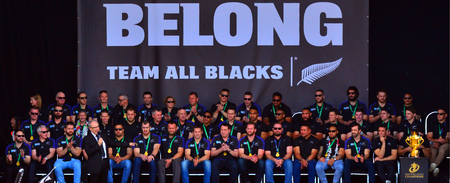 victoria park: AUCKLAND,  NZL - NOV 04 2015:Len Brown the Mayor of Auckland blessing All Blacks team in Victoria Park Auckland, New Zealand.The All Blacks are the holders of the Rugby World Cup in 2011 and 2015. Editorial