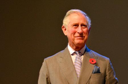 오클랜드 -2008 년 11 월 8 일 : 오클랜드 뉴질랜드에서 프린스 오브 웨일즈 방문. 그는 영국의 왕이되기 위해선 다음으로 가장 오래 될 사람이다. 에디토리얼