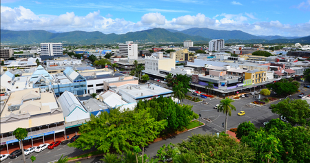 clima tropical: CAIRNS, AUS - APR 22 2016:Aerial view of Cairns, 5th most populous city in Queensland Australia and a popular tourists travel destination for its tropical climate and access to the Great Barrier Reef.