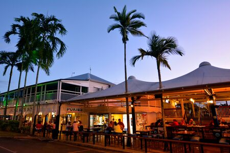 port douglas: PORT DOUGLAS, AUS - APR 19 2016:Pubs and restaurants on the main street of Port Douglas a very popular travel destination in the tropical north of Queensland, Australia. Editorial
