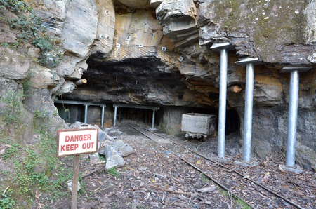 new south wales: Entrance to a old coal and kerosene shale mines in Katoomba Jamison Valley at Blue Mountains New South Wales, Australia.