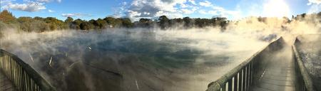 뉴질랜드, 뉴질랜드 로토루아에있는 Kuirau 공원의 뜨거운 풀.