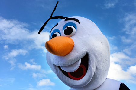 smiley: AUCKLAND - JUN 18 2017:Olaf snowman, fictional character from the 2013 animated film Frozen, produced by Walt Disney Animation Studios.