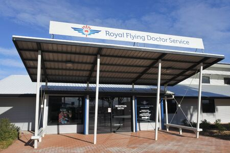 Port Augusta, South Australia - May 17 2019:Royal Flying Doctor Service of Australia Dispatch service building provides emergency and health care services for Australians in rural and remote areas of Australia. 新聞圖片