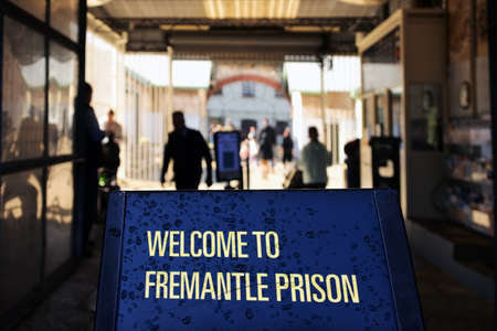FREMANTEL, WA -JULY 18 2021:Welcome to Fremantle Prison sign. Fremantle Gaol initially used for convicts transported from Britain, but was transferred to the colonial government in 1886 for local use. Éditoriale