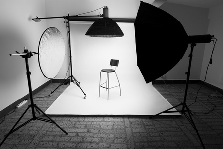 photo camera: Photo studio setup with lighting equipment