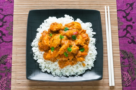 curry chicken: Chicken curry with rice and chopsticks from above