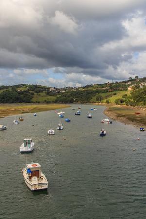 Los estuarios del bello pueblo de Sant Vicent de la Barquera