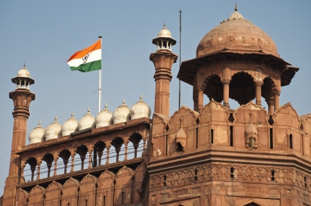 bandera de la india: Fuerte Rojo en Delhi, India